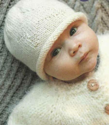 Вязанные шапочки для мальчика до года